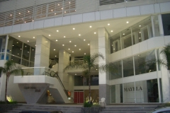 CALIFORNIA MALL AND SUITES 001