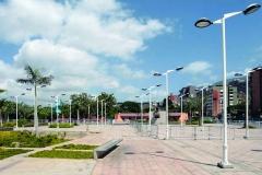 F11-Millennium (plaza)