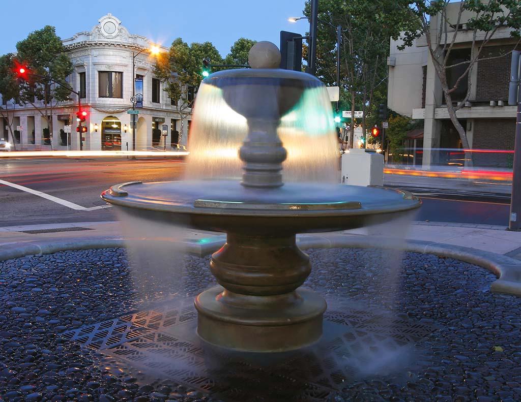 Image 3-Fountain