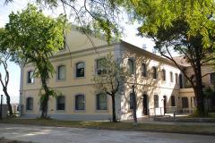 VISTA EXTERIOR 4 RECUPERACION PATRIMONIO INDUSTRIAL PLANTA CAPURRO ANCAP EDIFICIO ADMINISTRATIVO ALCOHOLES DEL URUGUAY
