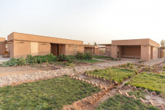 4THERAPY CENTRE FOR WOMEN AND CHILDREN