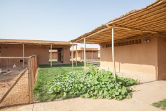 6THERAPY CENTRE FOR WOMEN AND CHILDREN