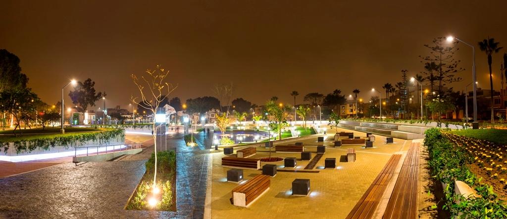 Parque Enrique Martinelli Freundt-Surco 001