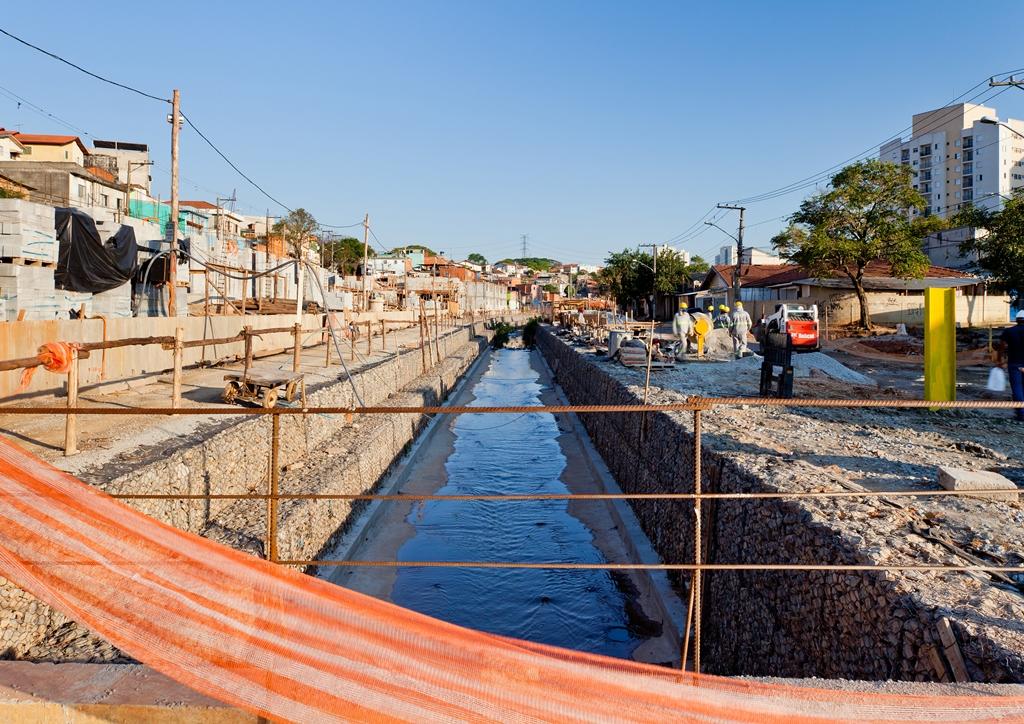 20121018_Base3 Arquitetos_Obras Urbanizacao Sape_003