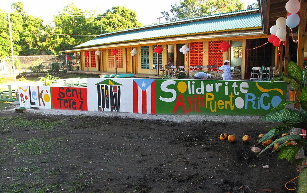 ESCUELA PRIMARIA EN HAITI